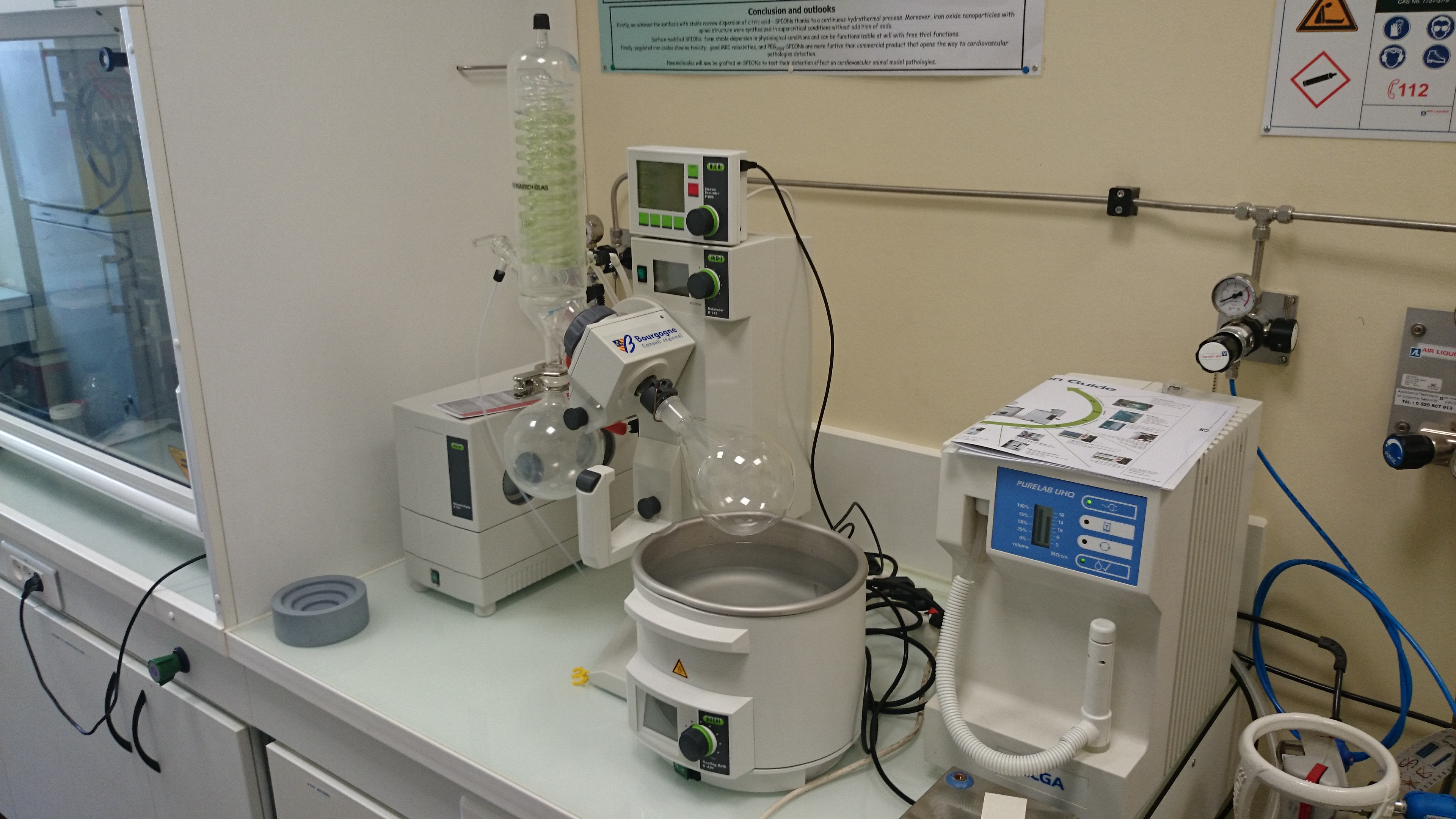 Rotary evaporator: Büchi Rotavapor R-215, vacuum system V-855 + autodistillation probe, réfrigérant V-700 refrigerant and F-105 cooling system